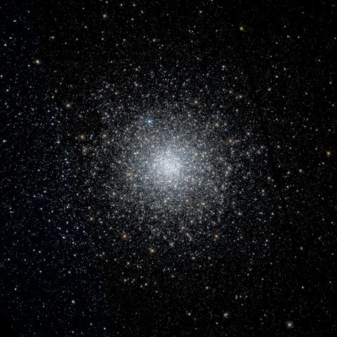 480px-Messier_75_-hst11628_10_08723_43-Lasinh_ABR555B438log
